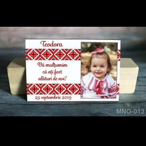 Magnet personalizat foto si motive traditionale