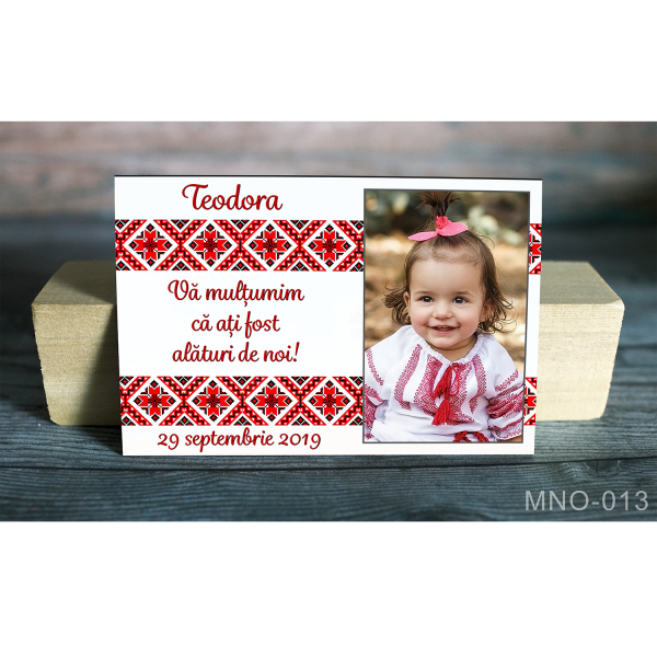 Magnet personalizat foto si motive traditionale
